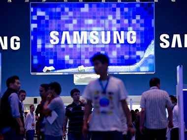 samsung looks to broaden chip base as apple cuts orders firstpost samsung broadens look for chip customers following apple withdrawal 380x285