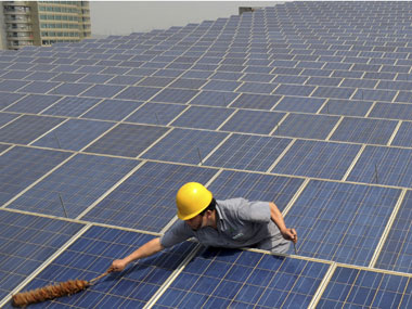 Solar scam: Handover evidences to investigating officers, says HC