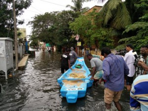 Ola launches boat service in Chennai during the torrential rains. Photo courtesy: Sai Shyam G./Twitter