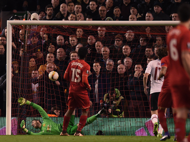 David de Gea attempts to save penalty from striker Daniel Sturridge. AFP
