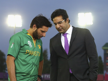 Pakistan captain Shahid Afridi having a word with pace legend Wasim Akram. Getty Images