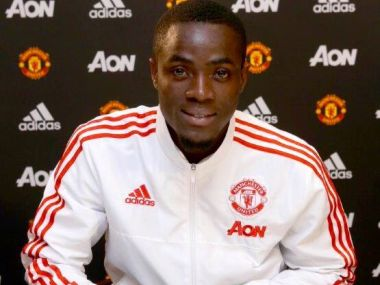 Eric Bailly signs for Manchester United. Image courtesy: Twitter/@ericbailly24