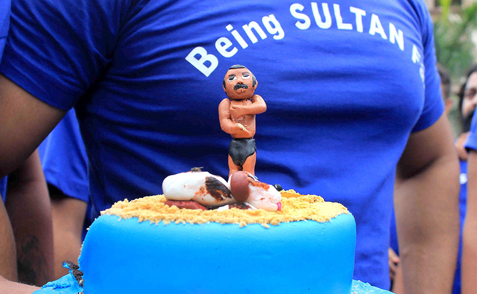 Fans of Bollywood star Salman Khan celebrated the release of his film 'Sultan' at the Imax Wadala multiplex, in Mumbai, India on 6 July 2016. Photo from Solaris Images