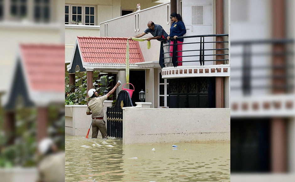 India sinking: Heavy rains lash several parts of the country, thousands affected