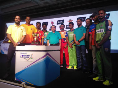 The captains of the franchises along with TNCA President N Srinivasan and India ODI and T20I captain MS Dhoni (4th from right). Photo Courtesy: TNPL via Twitter.