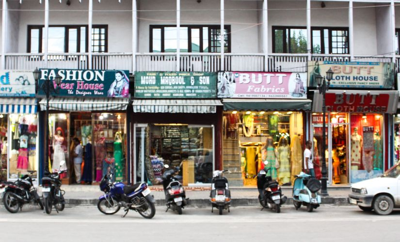 Shops in Srinagar's Lal Chowk wear a deserted look. Firstpost/Sameer Yasir