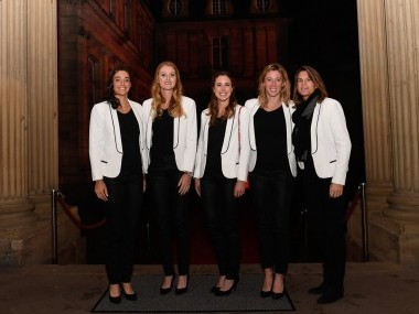 The France Fed Cup team pose at the official dinner before the final. Image courtesy: Twitter/@FedCup