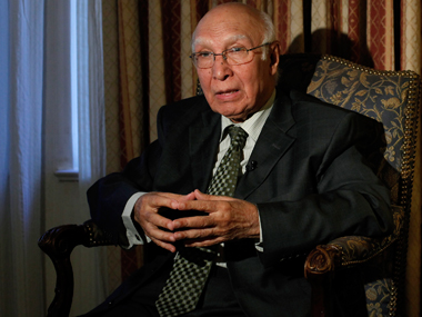 File photo of Sartaj Aziz. Reuters