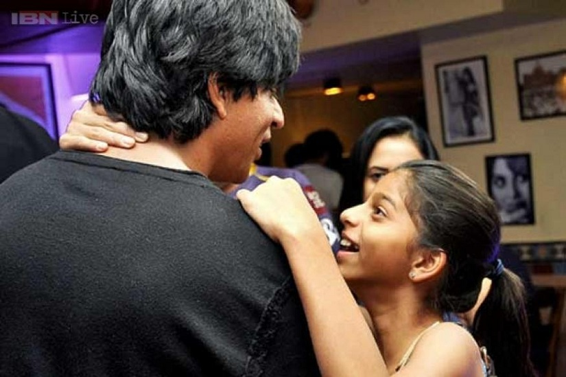 Shah Rukh Khan with his daughter. Image courtesy: News18