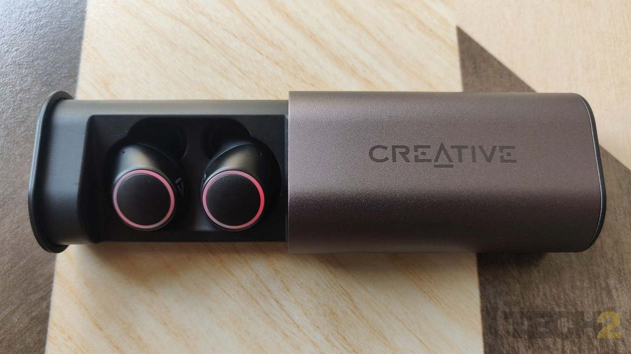 Creative Outlier Air buds in case