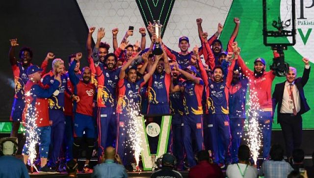 Karachi Kings celebrate with the trophy after winning the Pakistan Super League. AFP