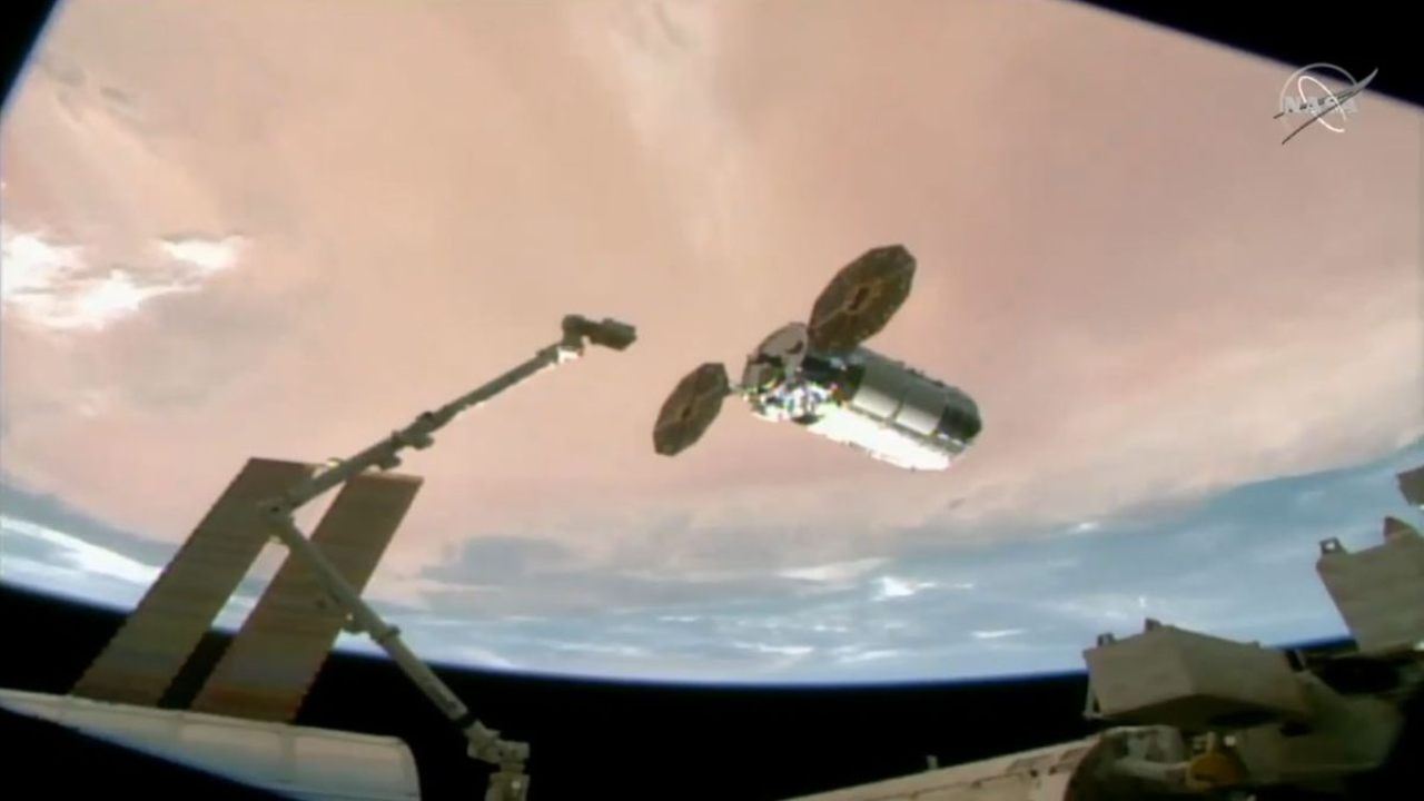 The Cygnus NG-15 cargo ship arrives at the International Space Station on 22 Feb 2021 in this view from a camera on the station's exterior. Image: NASA TV